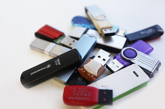 Большое поступление карт памяти и USB-флеш!